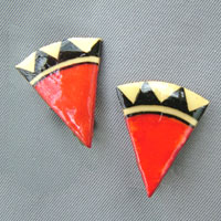 wedge shape lacquered paper clip on earrings in red, black and offwhite