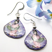 lacquered paper earrings - kneeling geisha earrings...custom color choices available