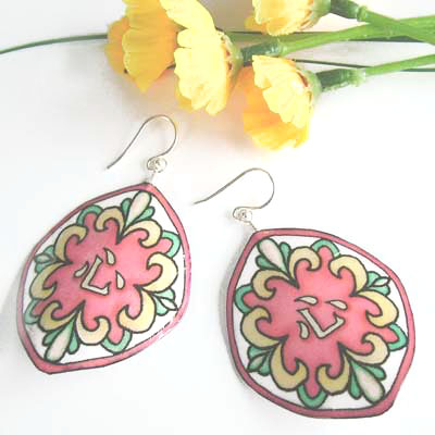 japanese kanji lacquered paper earrings in a beautiful mosaic pattern with soft green, yellow, and a coral-peach...the kanji says kokoru, or heart